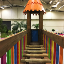 Acro'Brik XS passerelle 1/2 rondins et toit décoratif