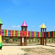 Acro'Brik XS en version colorée avec toits déco